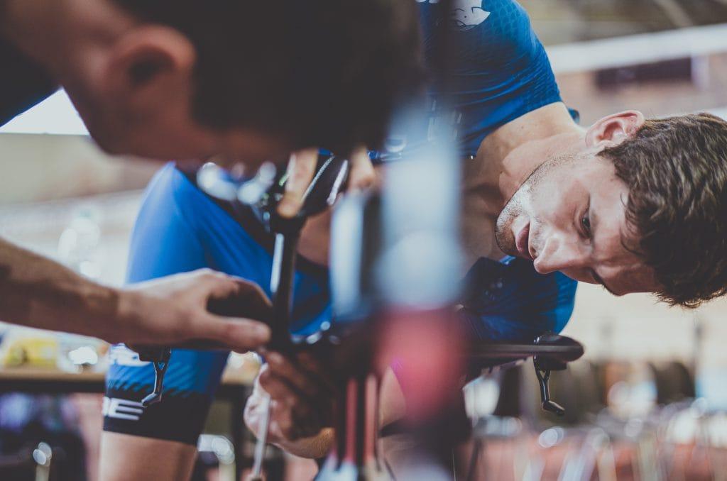 Triathlon Zeitfahrposition Einstellung Cockpit Diagnose Berlin Florian Angert